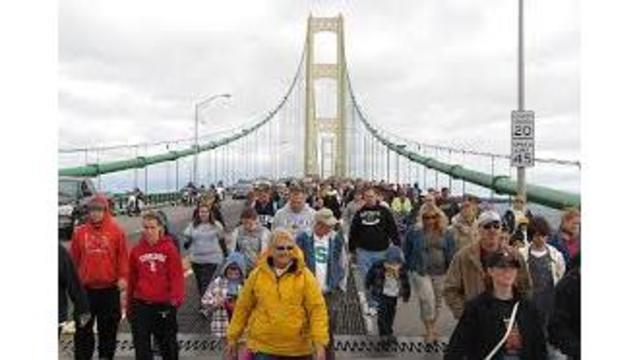 Mackinac Bridge closed to traffic on Labor Day