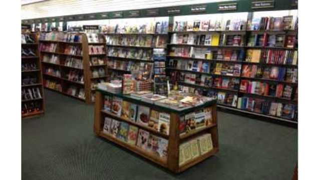 Book World announces liquidation; Willmar store to close""